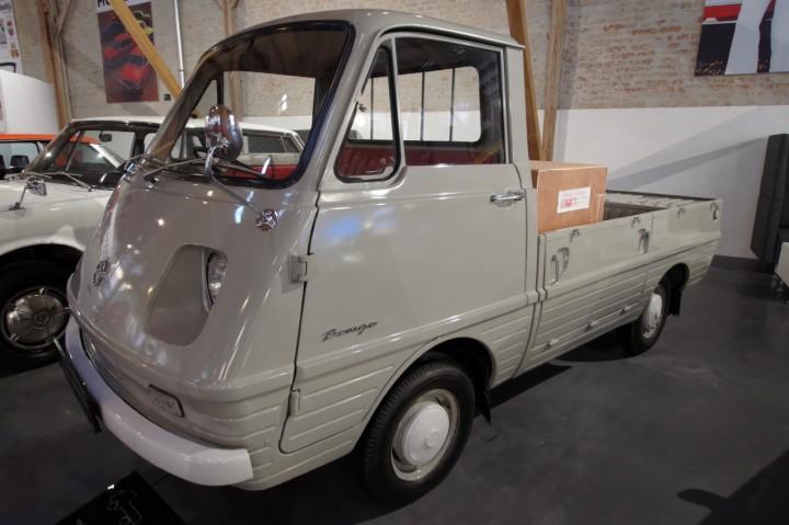 1966_Mazda_Bongo