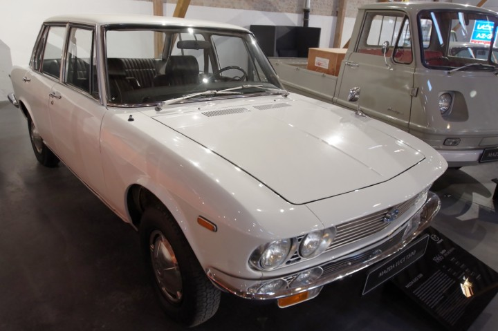 1966_Mazda_Luce_1500