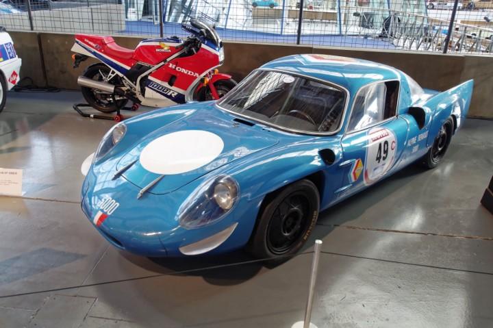 1968-Alpine_A211