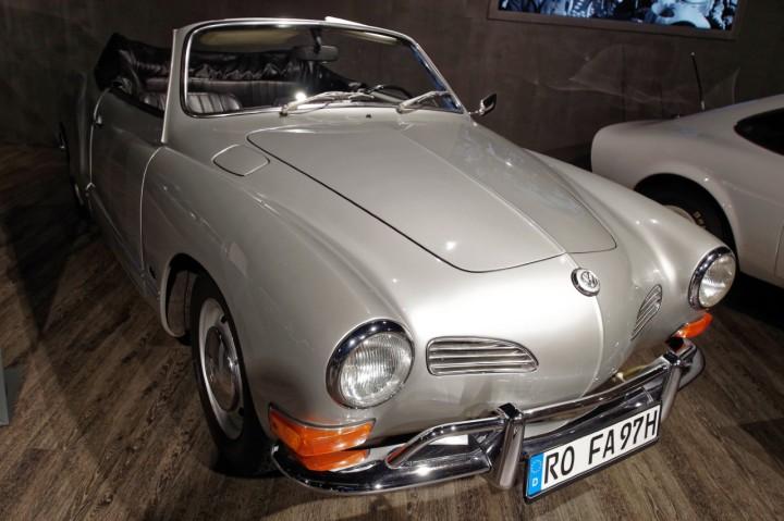 1970_VW_Karmann_Ghia