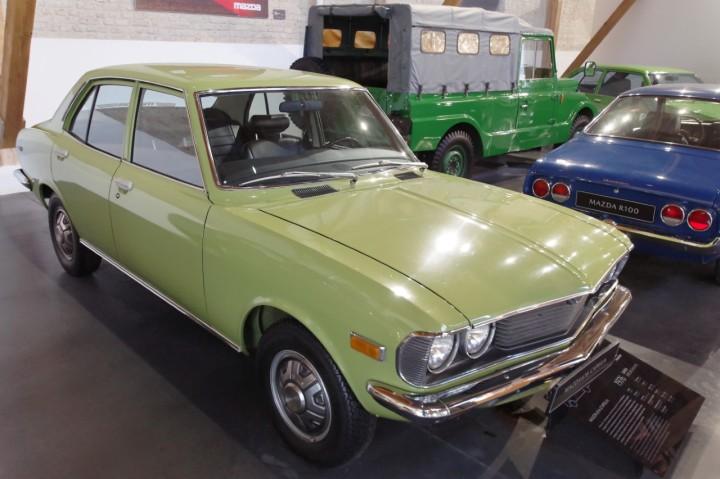1976_Mazda_616_Capella
