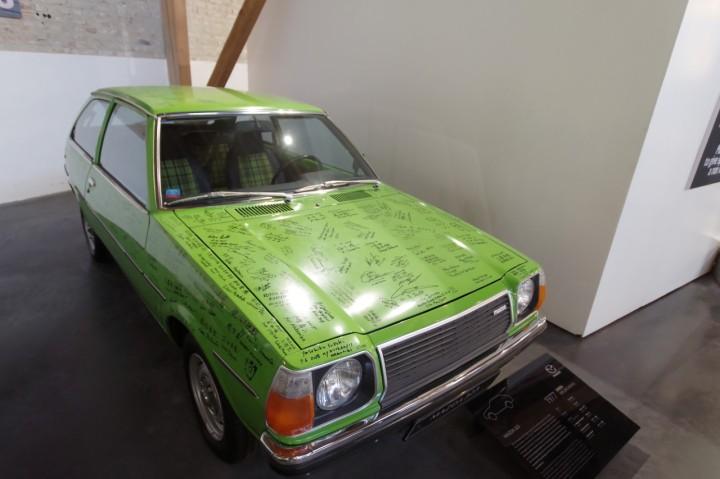 1977_Mazda_323
