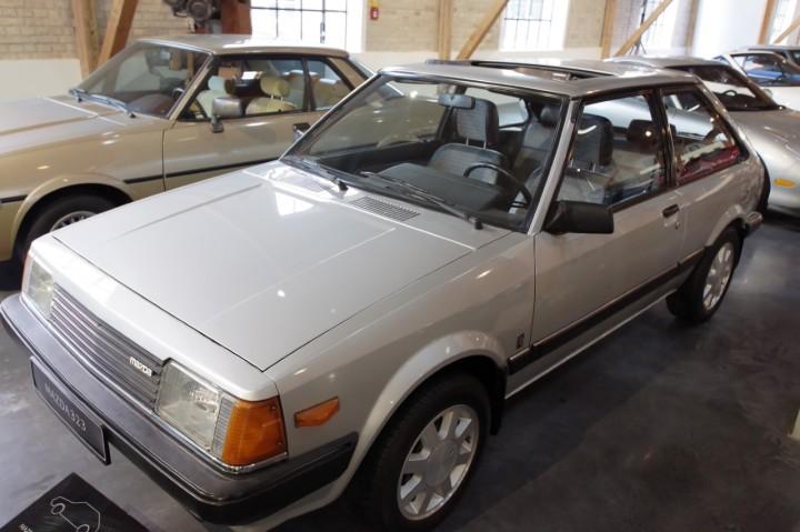 1980_Mazda_323_GT