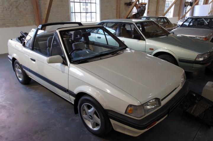 1985_Mazda_323_Familia