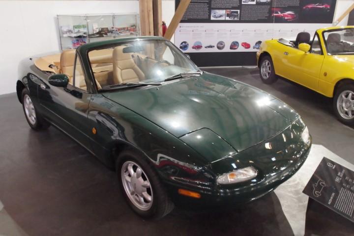 1992_Mazda_MX5_A