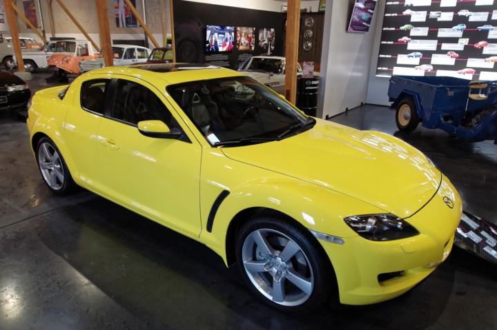 2004_Mazda_RX8