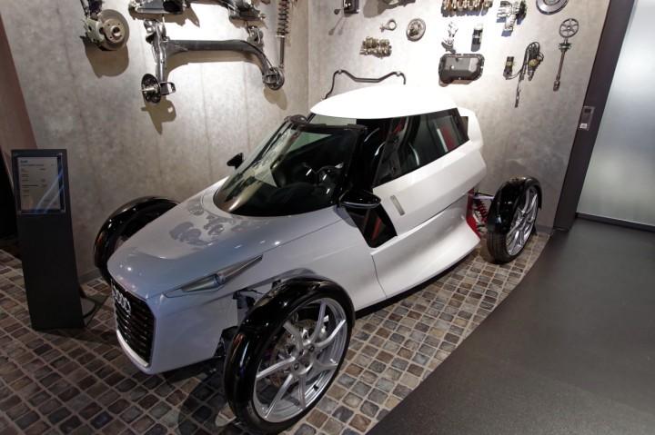 2011_Audi_UrbanSpider
