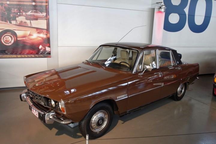 1975-Rover_2200TC