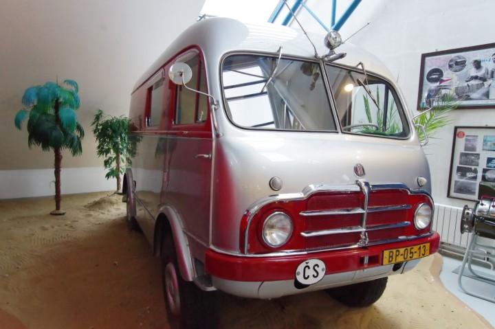 1953-Tatra_805