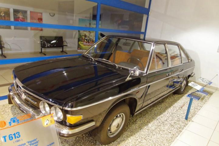 1969-Tatra_T613