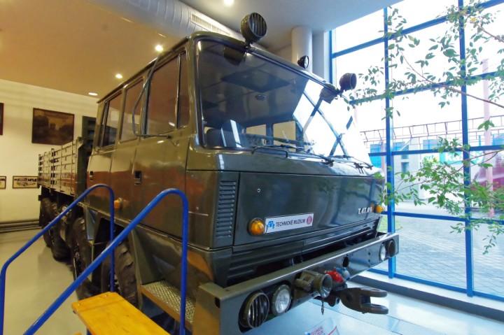 1974-Tatra_815