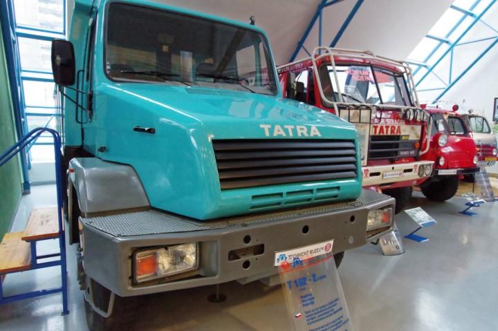 1987-1988-Tatra_815_T162-2