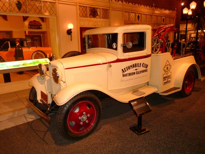 1932_Ford_Model_BB