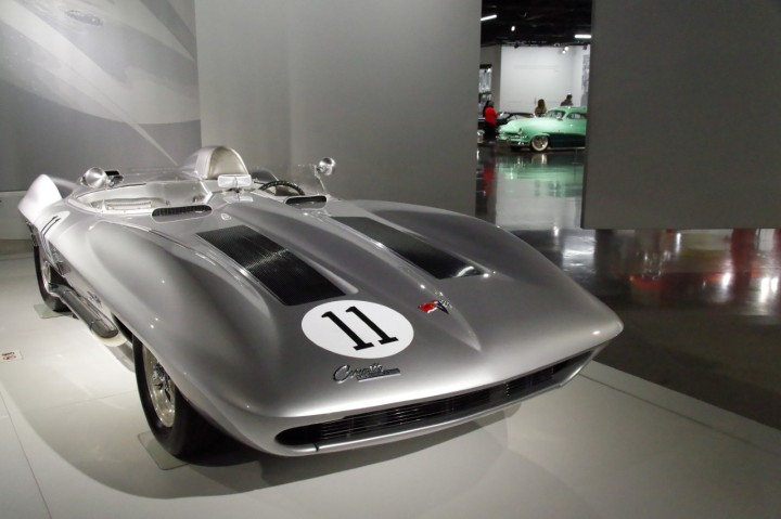 1959-Chevrolet-Corvette_XP87