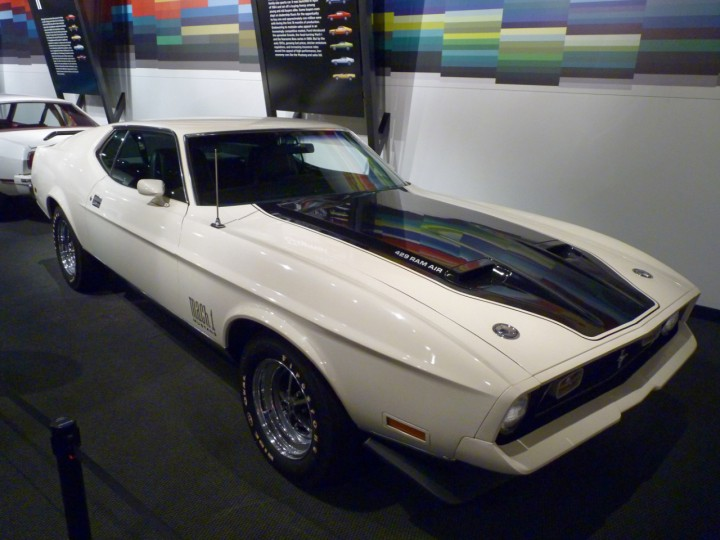 1971_Ford_Mustang_Mach_1
