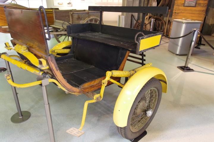 1930_Bugatti_Cart_1
