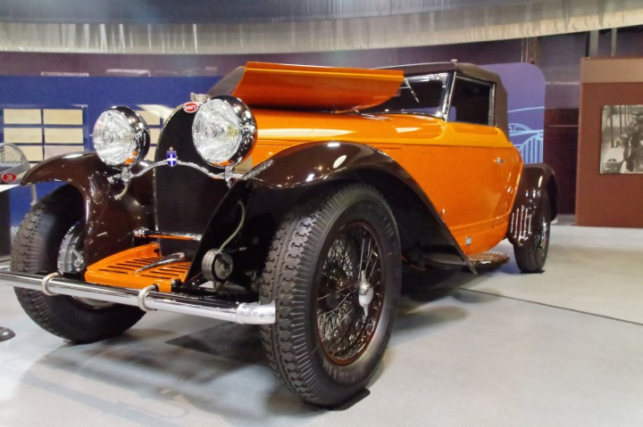 1930_Bugatti_Type46_1