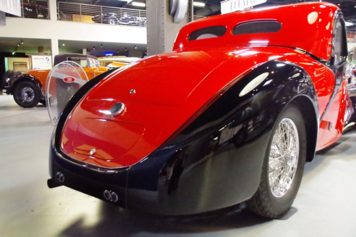 1939_Bugatti_Type57_Atalante_1