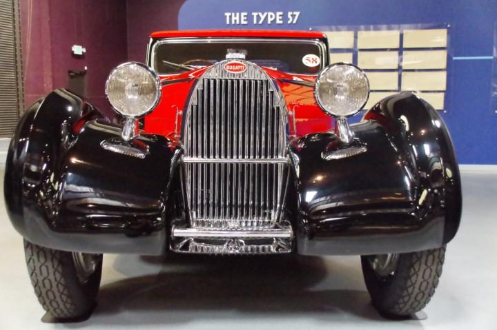 1939_Bugatti_Type57_Atalante_2