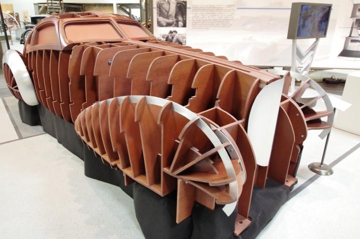 1939_Bugatti_Type64