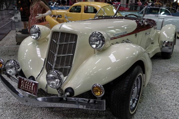 1955-Auburn_Cabrio