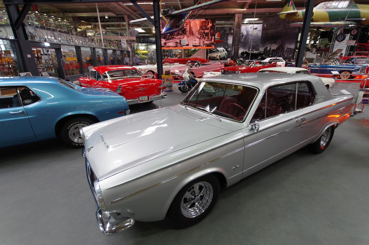 1963-Dodge_Dart