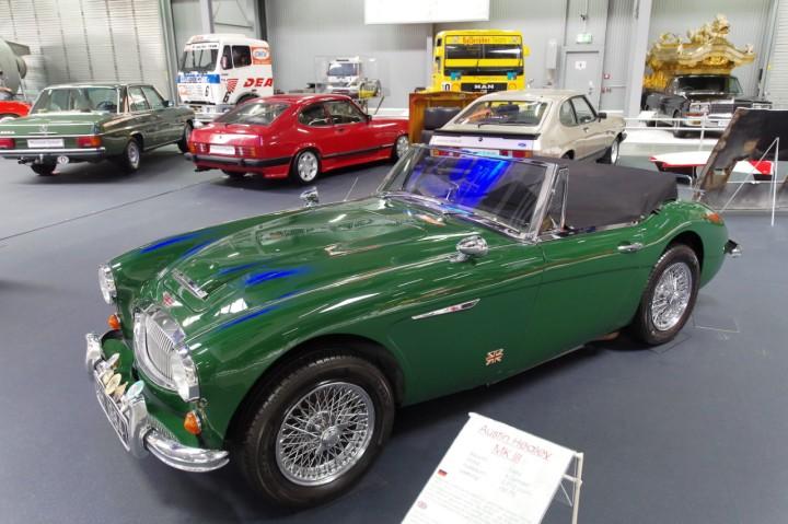 1964-AustinHealey_MkIII