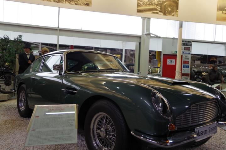 1965-AstonMartin_DB6