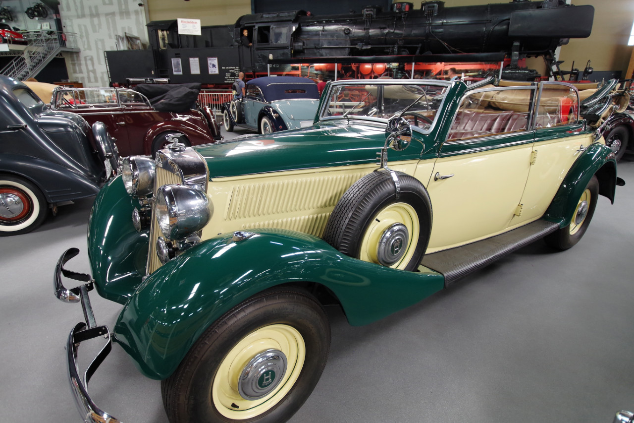 1939_Horch_830BL