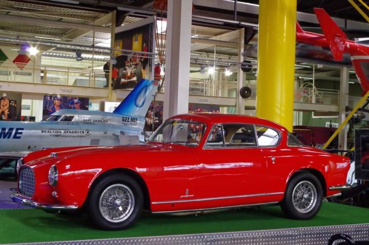 1953-Ferrari--America