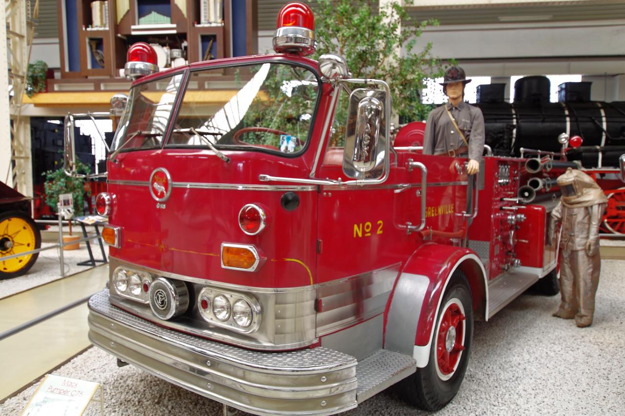 1961-Mack_C75