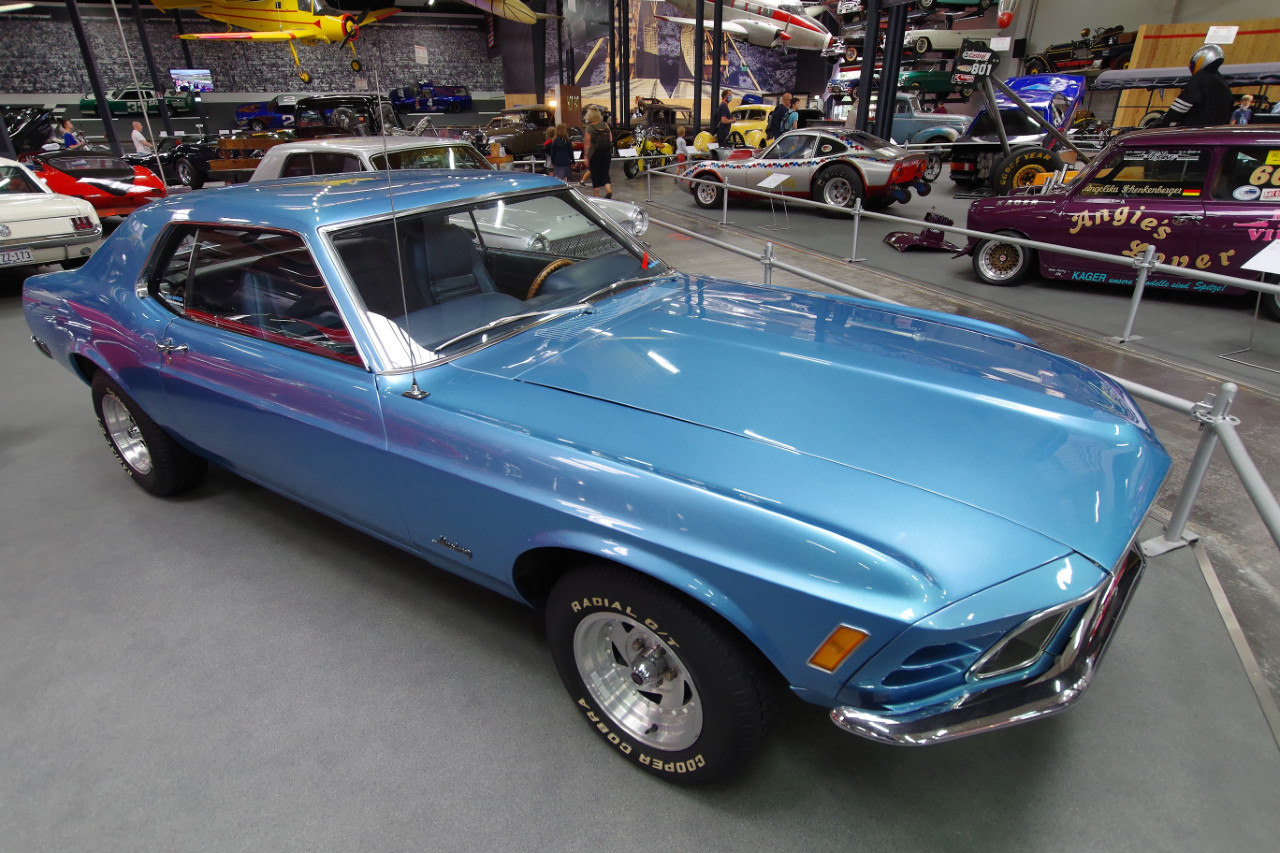 1970-Ford-Mustang