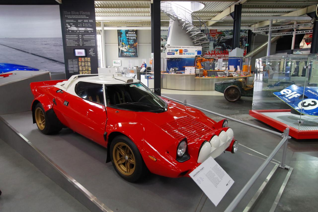 1976-Lancia_Stratos