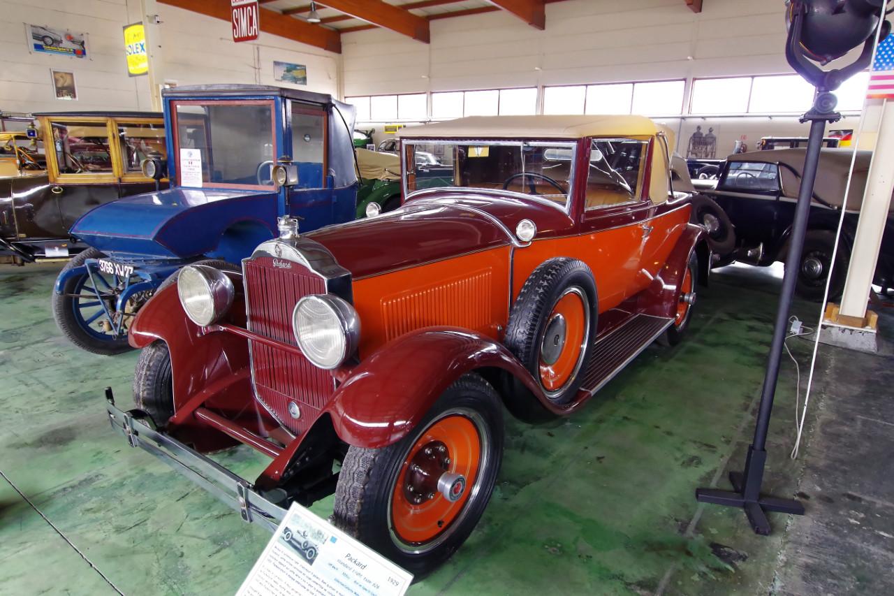1929-Packard_Standard_Eight_626