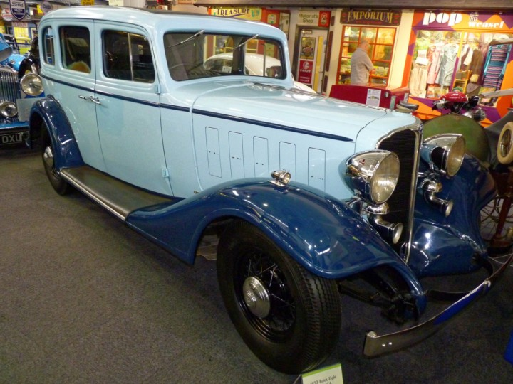 1933-Buick_Viceroy