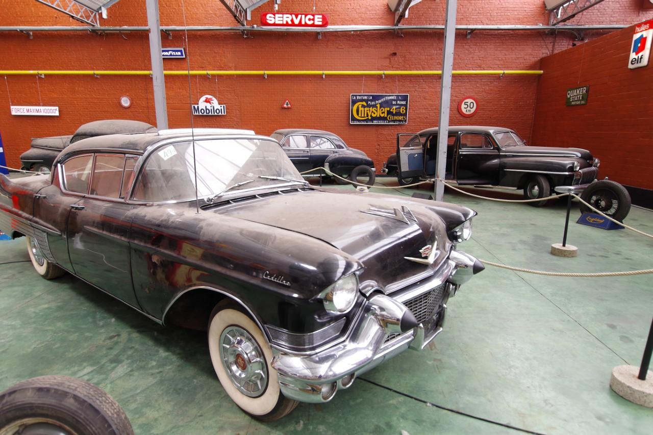 1957-Cadillac_60_Special