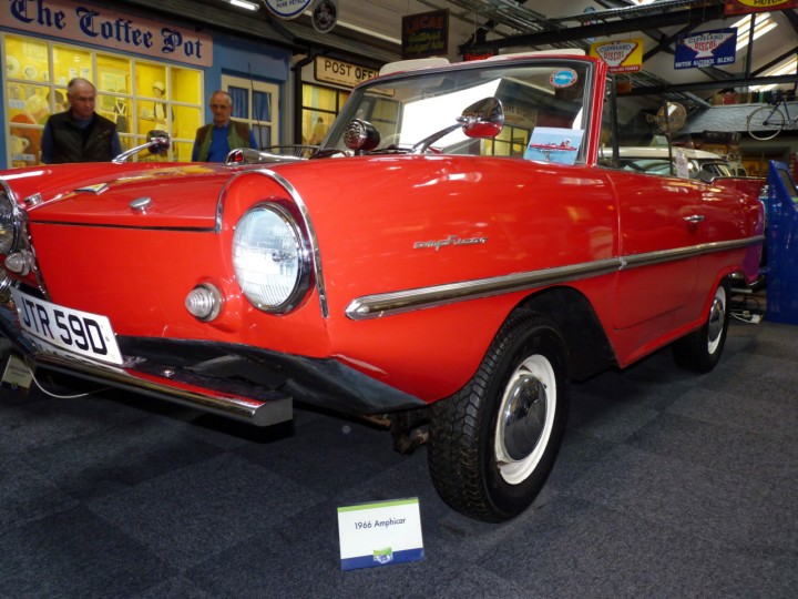 1966-Amphicar