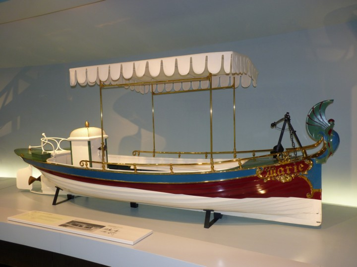 1888-Daimler_Motorboat