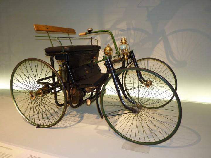 1889-Daimler_Quadricycle