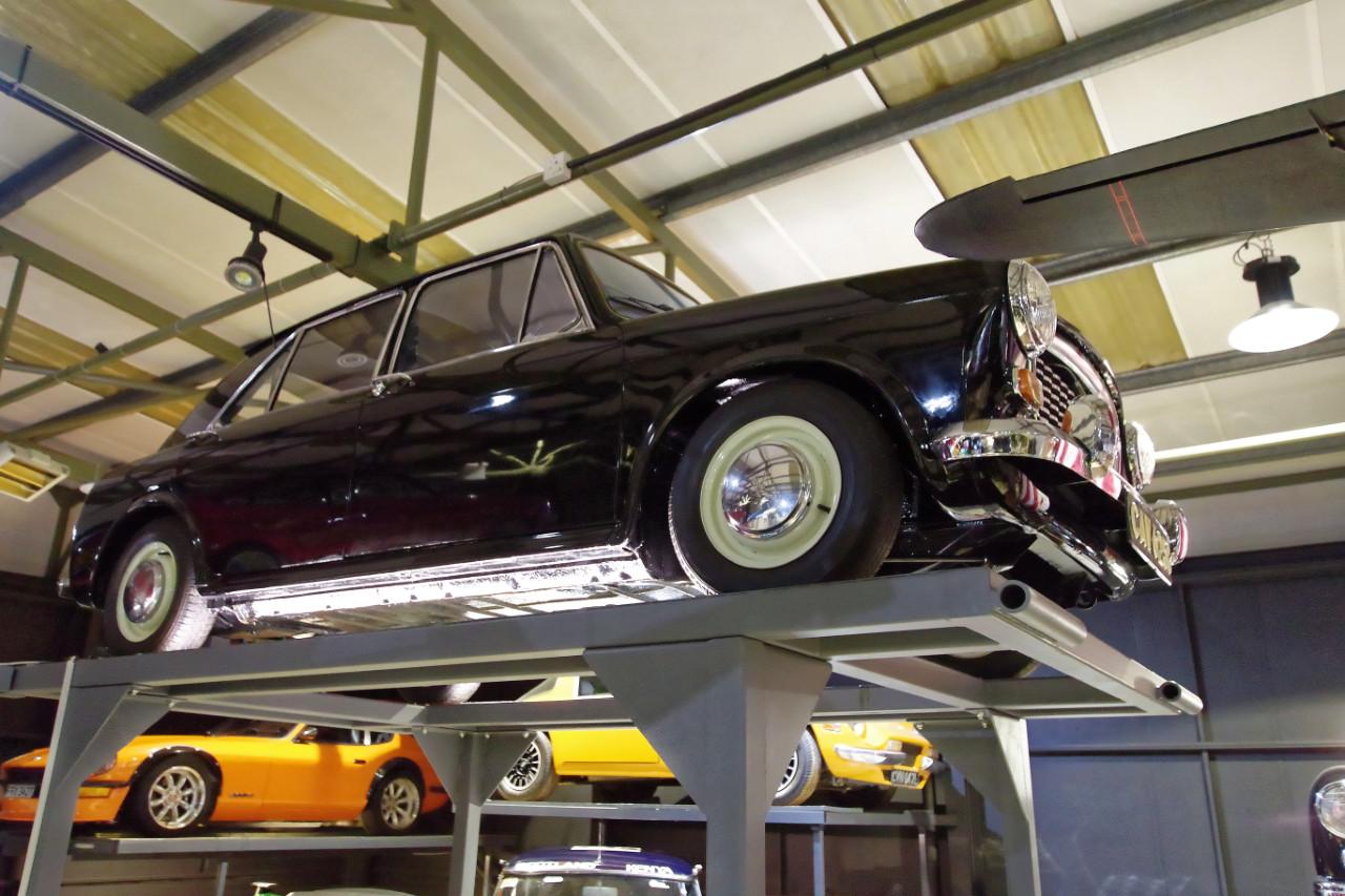 1965-Austin_1100