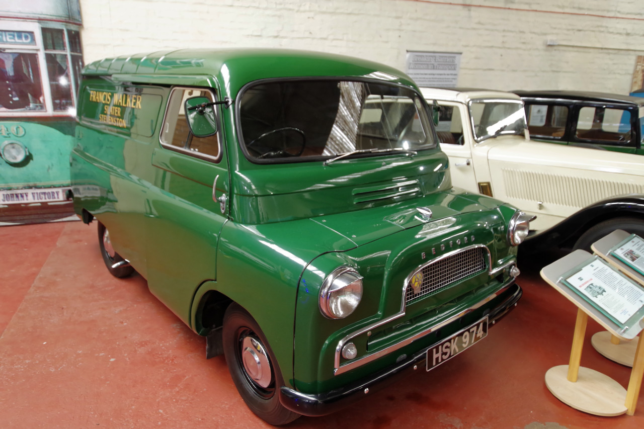 1962-Bedford_CA