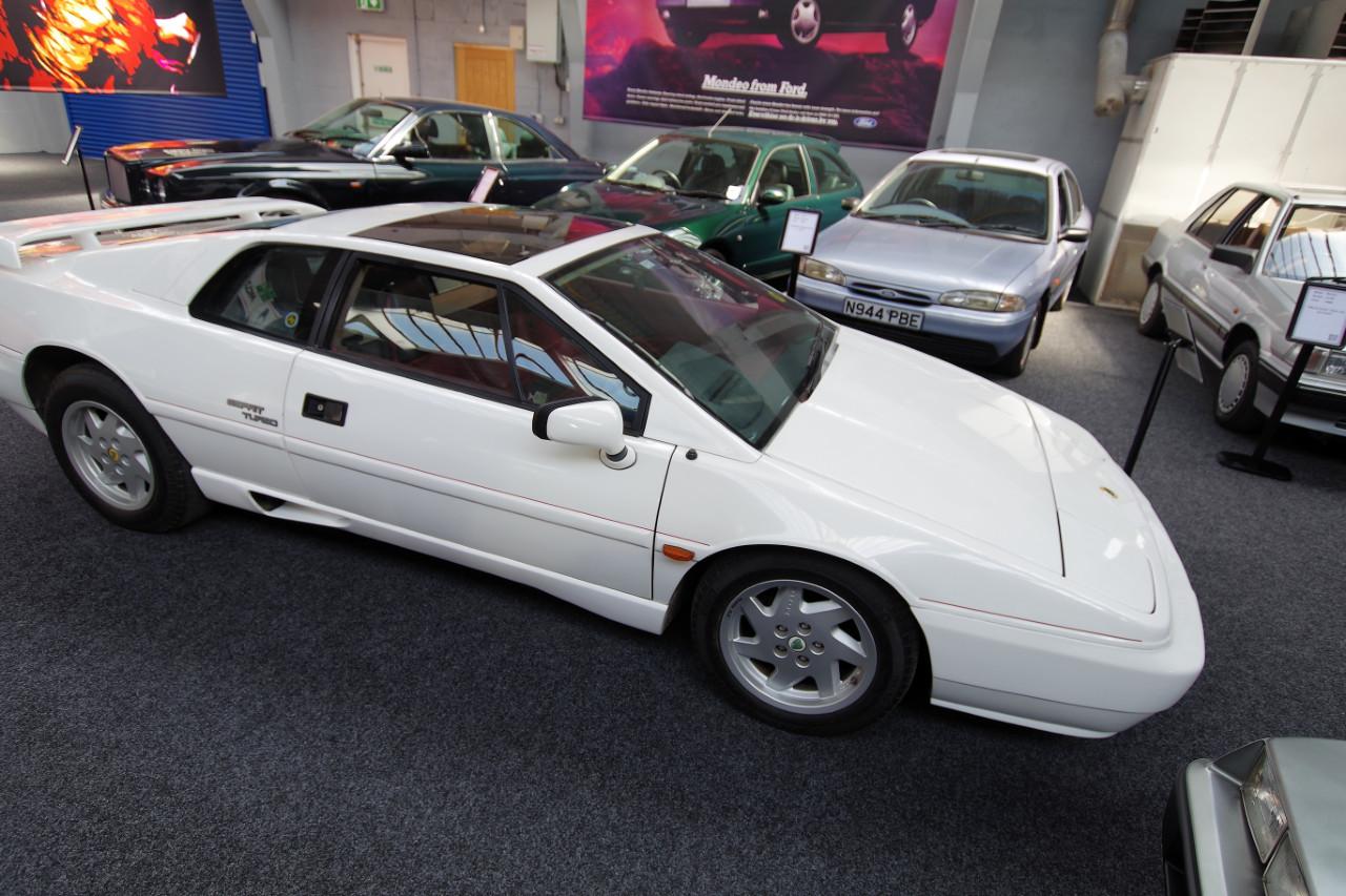 1990-Lotus-Esprit